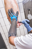 ECOMESH Full metal glove with hook closure