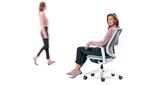 se:flex - Self-adjusting swivel chair for multi-user workstations.